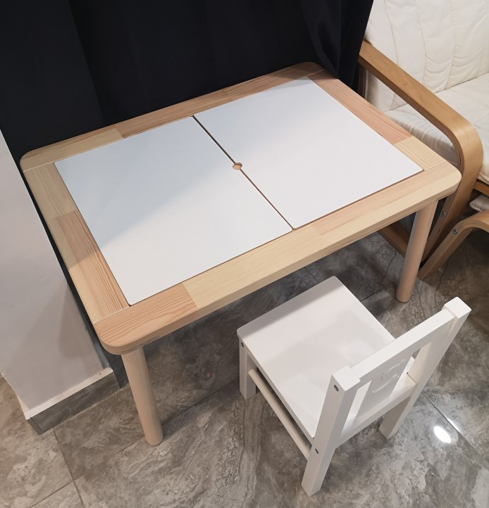 Montessory Table And Chair